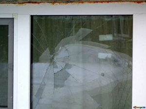 emergency glass repair Adelaide